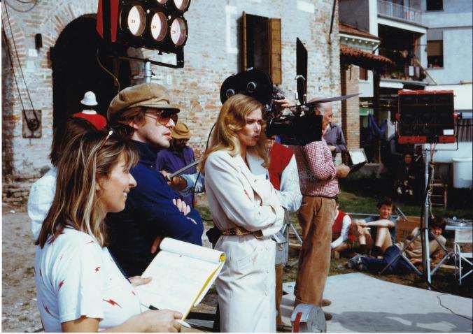 Il regista durante una ripresa