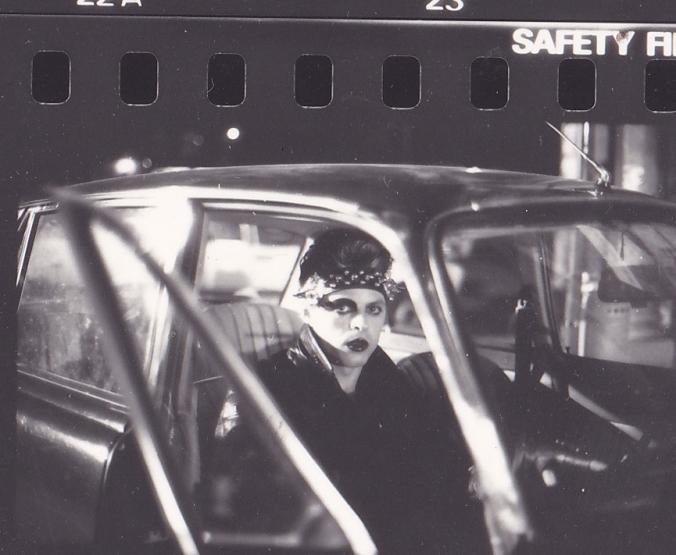 Il marito della sposa in macchina